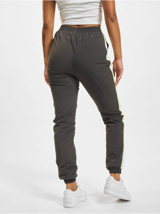 Urban Classics Jogginghose Piped grau