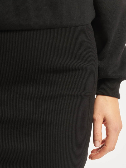 Urban Classics jurk Off Shoulder zwart