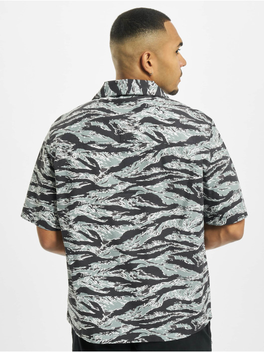 Urban Classics Košile Pattern Resort kamufláž