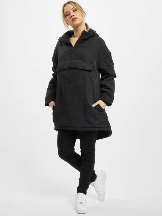 Urban Classics Kurtki zimowe Ladies Long Oversized Pull Over czarny