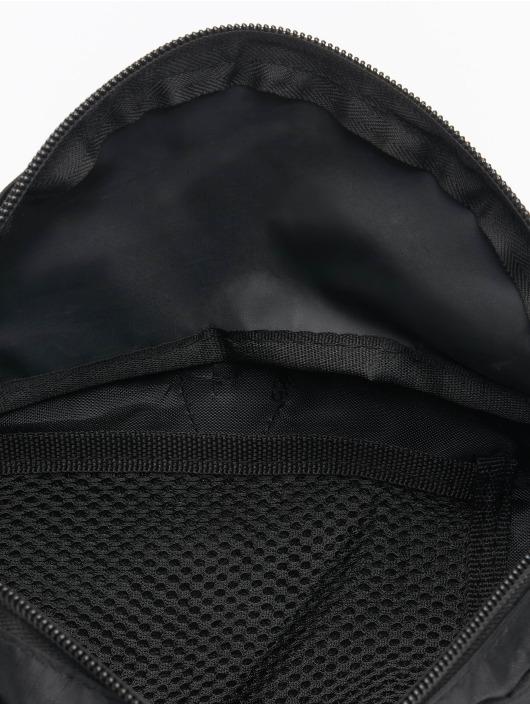 Urban Classics Laukut ja treenikassit Recycled Ribstop Double Zip Shoulder musta