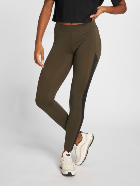 Urban Classics Leggings/Treggings Jacquard Camo Striped oliwkowy