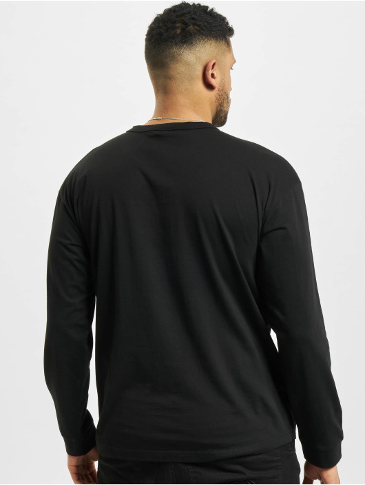 Urban Classics Longsleeve Organic Cotton Short Curved Oversized schwarz