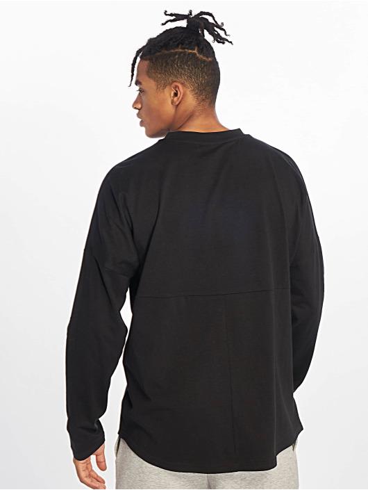 Urban Classics Longsleeves Oversized Cut On Sleeve Pocket čern