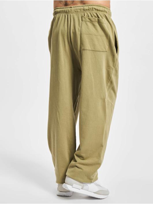 Urban Classics Pantalone ginnico Overdyed cachi