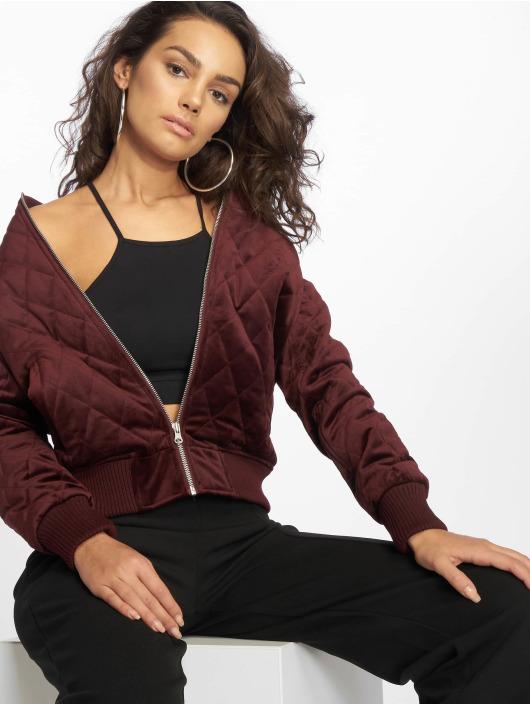 Urban Classics Prechodné vetrovky Ladies Diamond Quilt Velvet èervená