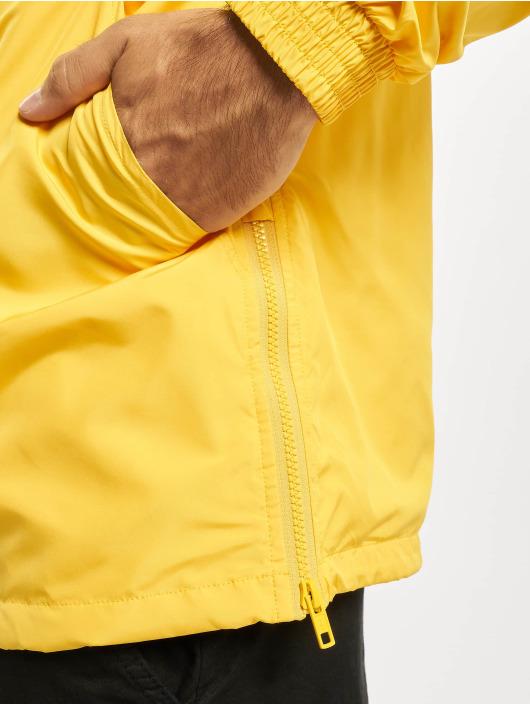 Urban Classics Prechodné vetrovky Hidden Hood Pull Over žltá
