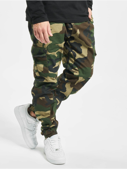 Urban Classics Reisitaskuhousut Ripstop Cargo camouflage