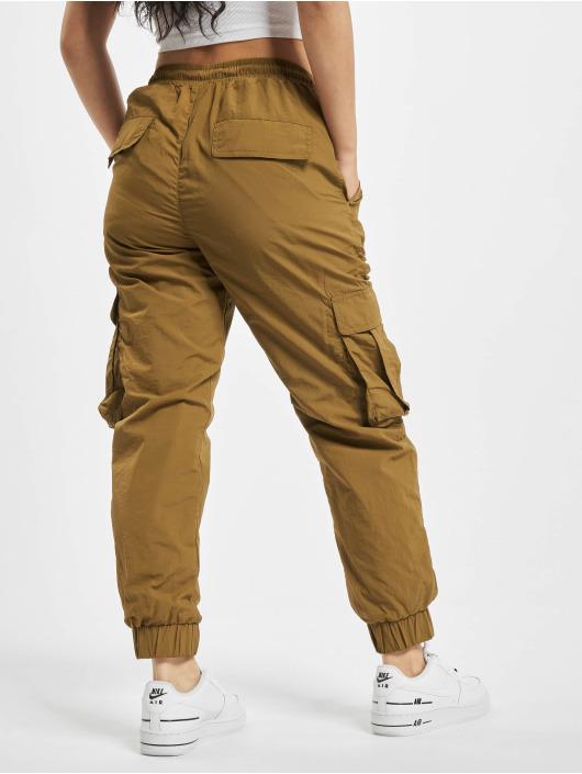 Urban Classics Reisitaskuhousut Ladies High Waist Crinkle Nylon ruskea