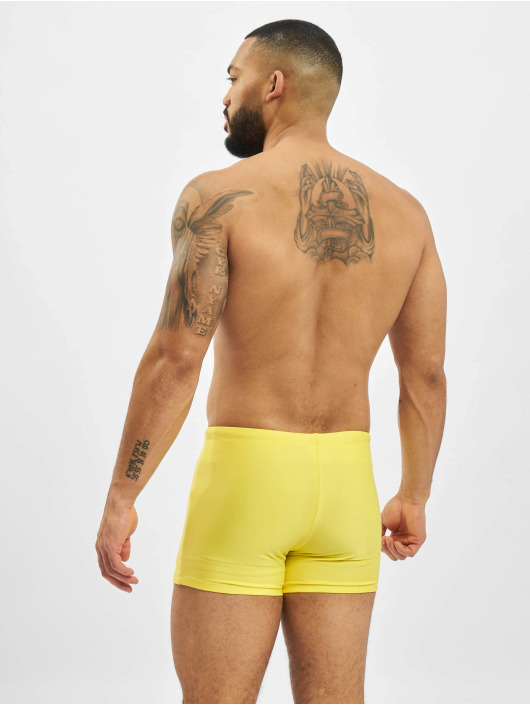 Urban Classics Short de bain Basic Swim jaune