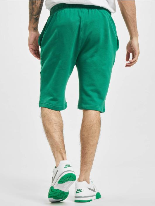 Urban Classics shorts Basic groen