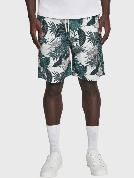 Urban Classics Shorts Pattern Resort grün