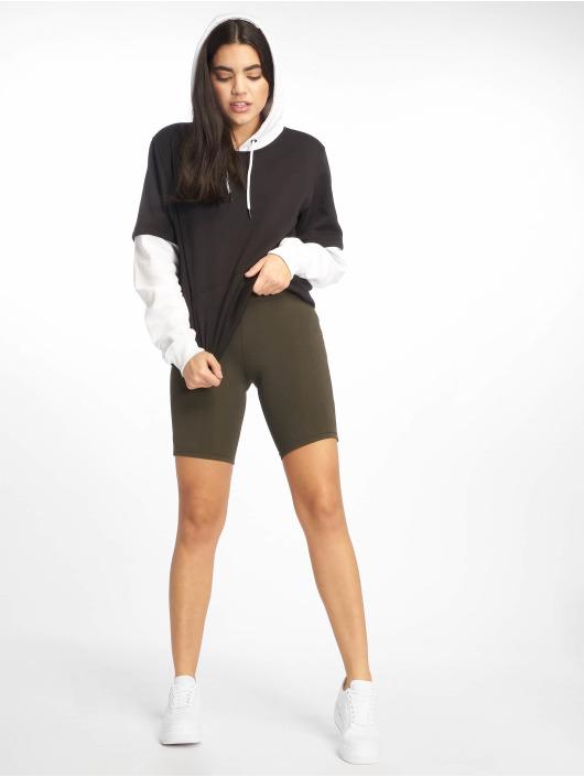 Urban Classics Shorts Cycle olive