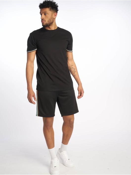 Urban Classics Shorts Side Taped svart