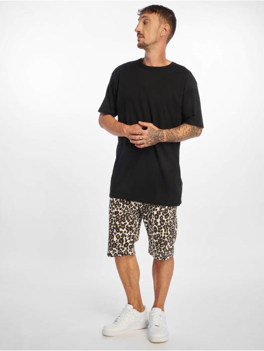 Urban Classics Shorts Stretch weiß