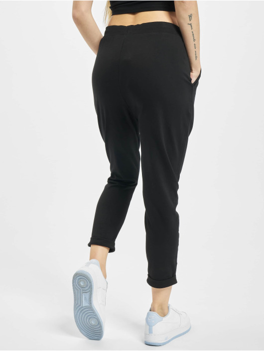 Urban Classics Spodnie do joggingu Open Edge Terry Turn Up czarny