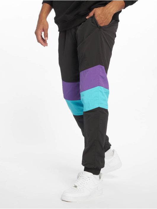 Urban Classics Spodnie do joggingu 3-Tone Crinkle czarny