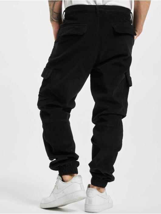 Urban Classics Spodnie do joggingu Corduroy Cargo czarny