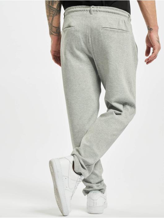 Urban Classics Spodnie do joggingu Formula Cropped Peached Interlock szary