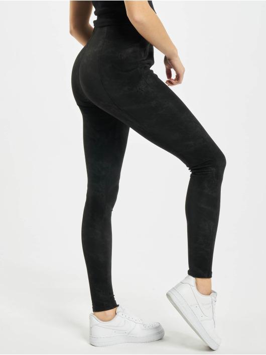 Urban Classics Spodnie wizytowe Ladies Washed Faux Leather czarny