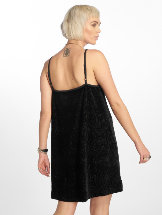 Urban Classics Sukienki Velvet czarny