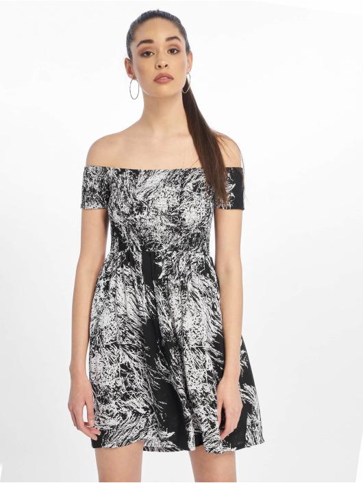 Urban Classics Sukienki Smoked Off czarny