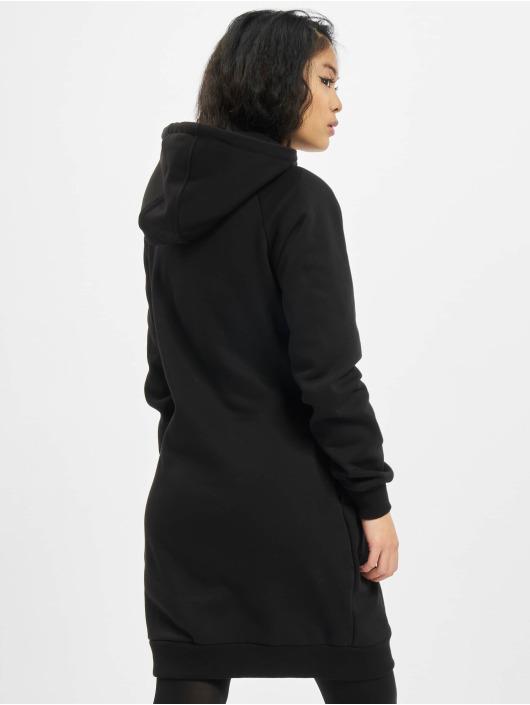 Urban Classics Sukienki Hiking czarny