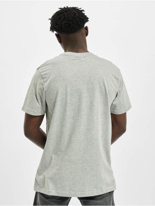 Urban Classics T-paidat Basic Pocket harmaa
