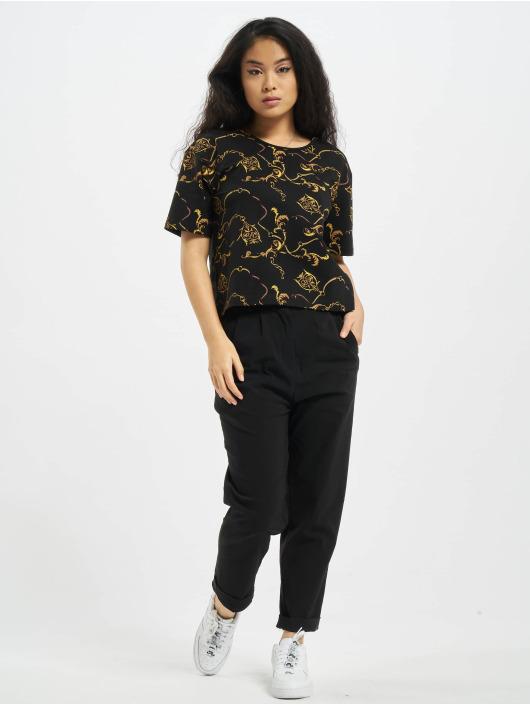 Urban Classics T-paidat Ladies AOP Luxury Print Short Oversized Tee musta