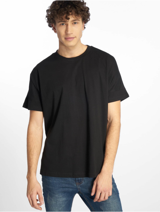 Urban Classics T-Shirt Oversize Cut On Sleeve black