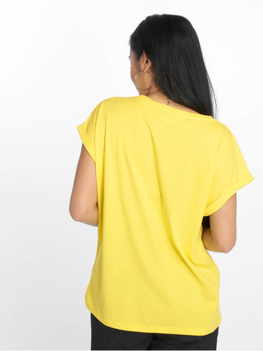 Urban Classics T-Shirt Extended Shoulder jaune