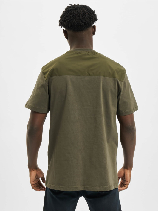 Urban Classics T-shirt Military oliv