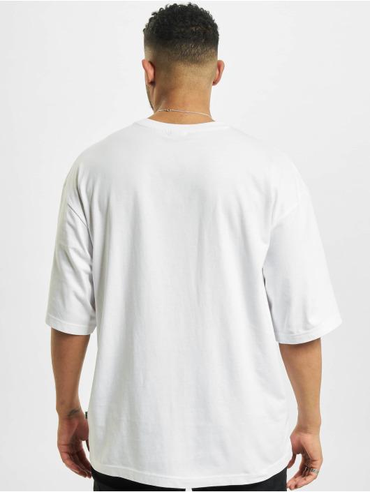 Urban Classics T-Shirt Big Double Pocket weiß