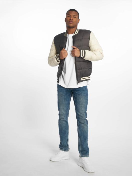 Urban Classics t-shirt Oversize Cut On Sleeve wit