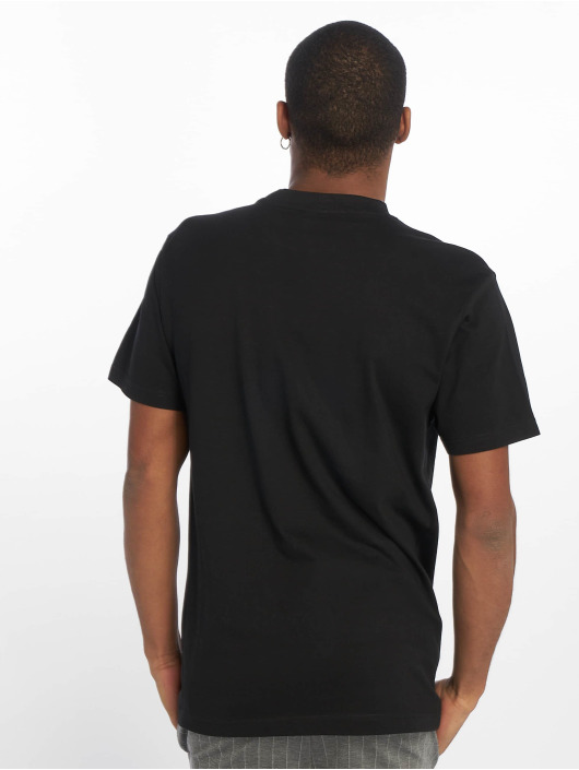 Urban Classics t-shirt Basic zwart