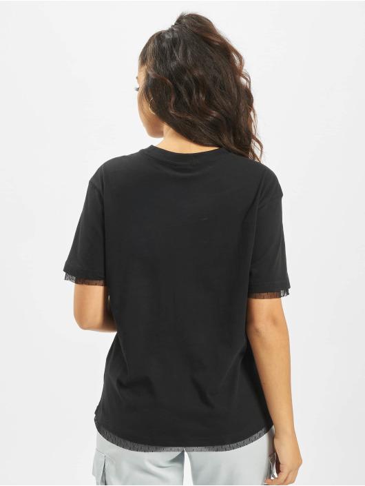 Urban Classics t-shirt Boxy Lace zwart