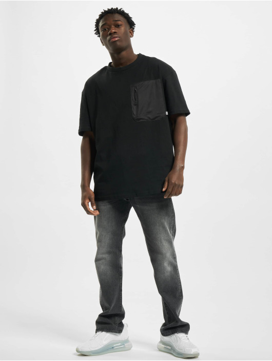 Urban Classics t-shirt Oversized Big Pocket zwart