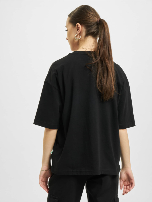 Urban Classics t-shirt Organic Oversized Pleat zwart