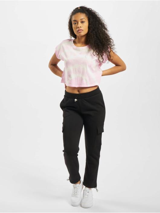 Urban Classics T-shirts Short Tie Dye rosa