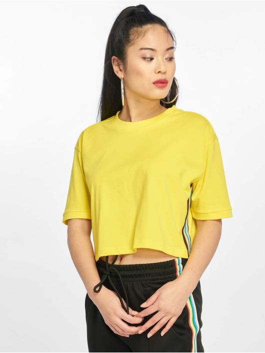 Urban Classics T-skjorter Multicolor Side Taped gul