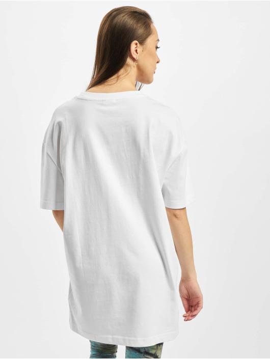 Urban Classics T-skjorter Ladies Oversized Boyfriend hvit