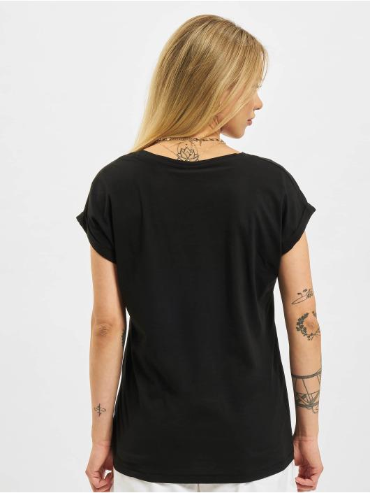 Urban Classics T-skjorter Extended Shoulder svart