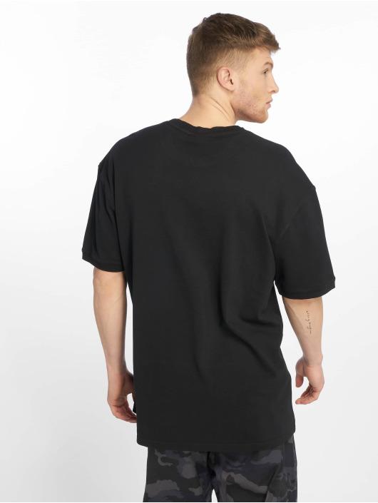 Urban Classics Tričká Garment Dye Oversize Pique èierna