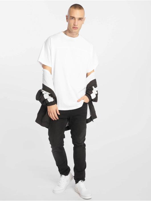 Urban Classics Tričká Batwing biela