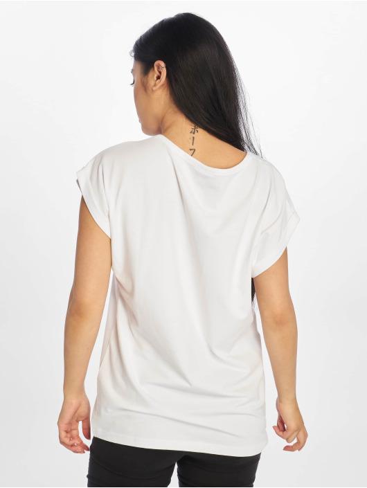 Urban Classics Tričká Extended Shoulder biela