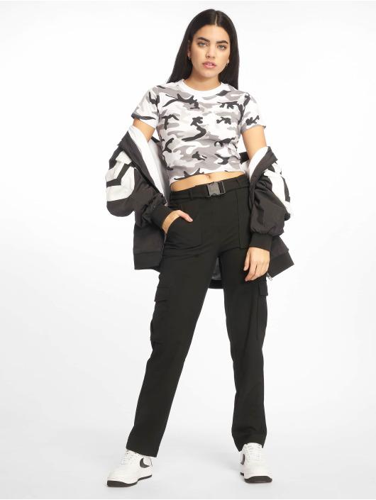 Urban Classics Tričká Stretch Jersey Cropped maskáèová