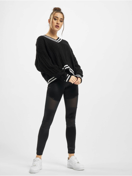 Urban Classics trui Ladies Short V-Neck College zwart
