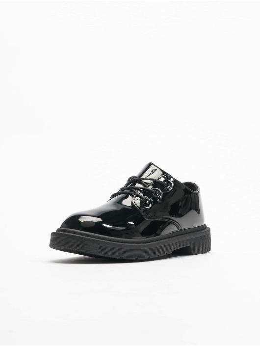 Urban Classics Vapaa-ajan kengät Low Laced musta