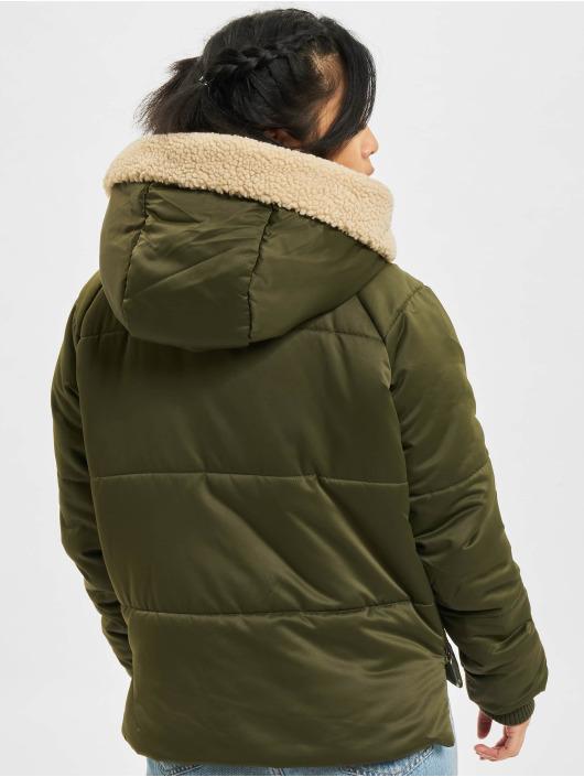 Urban Classics Zimné bundy Sherpa olivová