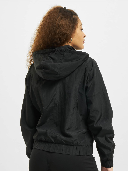 Urban Classics Zomerjas Oversized Shiny Crinkle Nylon zwart
